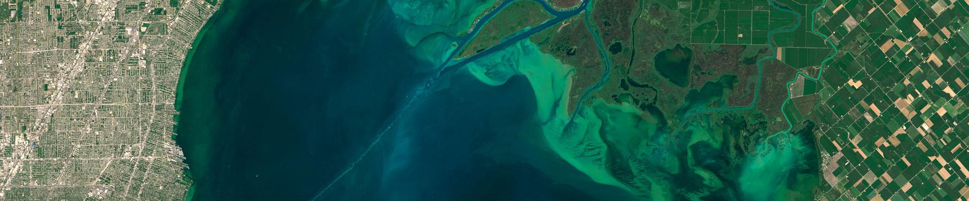 algae bloom in lake from space